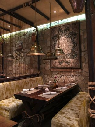 Foto 37 - Interior di The Royal Kitchen oleh FebTasty  (Feb & Mora)