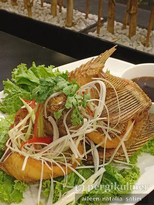 Foto 5 - Makanan di Phoenix Coconut Chicken Shabu - Shabu oleh @NonikJajan