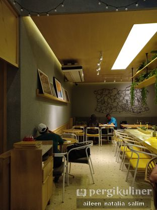 Foto 3 - Interior di Social Affair Coffee & Baked House oleh @NonikJajan