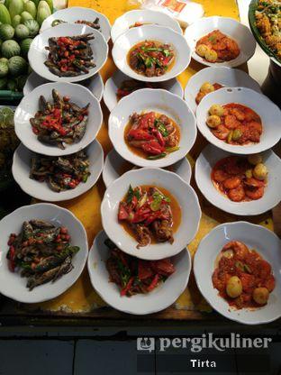 Foto 6 - Makanan di Sunda Prasmanan Cikajang oleh Tirta Lie