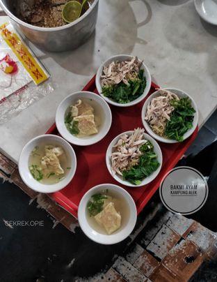 Foto 1 - Makanan di Bakmi Ayam Kampung Alek oleh Opie Quqisqu