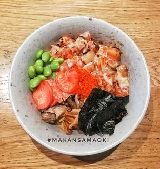 Foto 1 - Makanan di Honu Poke & Matcha Bar oleh @makansamaoki