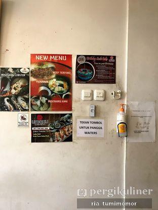 Foto 1 - Interior di Umaku Sushi oleh riamrt