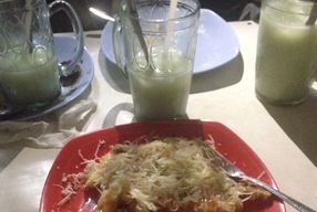 Foto Kue Pancong Mang Kumis Dan Mang Dadang