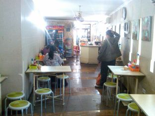 Foto 13 - Interior di Bakmie BBT oleh Renodaneswara @caesarinodswr