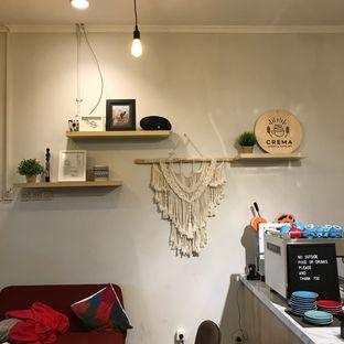 Foto 3 - Interior di Crema Sweet and Savoury oleh Della Ayu