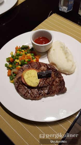 Foto 1 - Makanan di Indoguna Gourmet oleh UrsAndNic