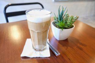 Foto 4 - Makanan(Iced Cappucino) di Stillwater Coffee & Co oleh Pengembara Rasa