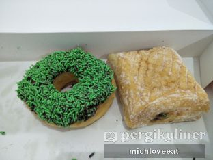 Foto 1 - Makanan di Dunkin' Donuts oleh Mich Love Eat