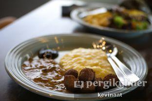 Foto review Royale Bakery Cafe oleh @foodjournal.id  3