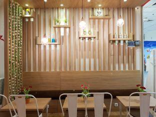 Foto 1 - Interior di Kedai 27 oleh Amrinayu