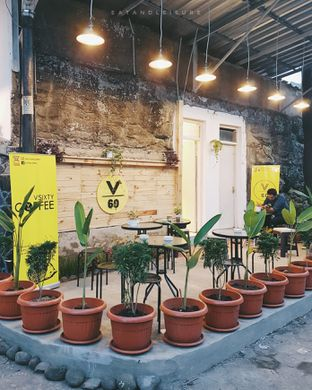 Foto review VSIXTY COFFEE oleh Vina | Eat and Leisure 5