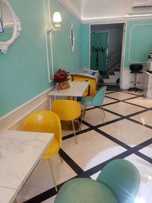 Foto 7 - Interior di Look Tea oleh felita [@duocicip]