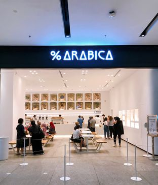 Foto review %Arabica oleh yudistira ishak abrar 4