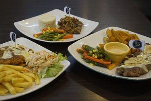 Foto 15 - Makanan di RAY'S Steak & Grill oleh yudistira ishak abrar