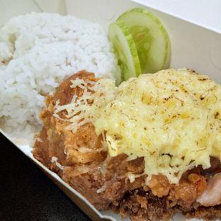 Foto 1 - Makanan(Paket ayam geprek leleh) di Geprek Bensu oleh Komentator Isenk