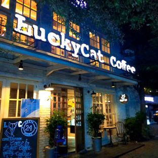 Foto review Lucky Cat Coffee & Kitchen oleh duocicip  25