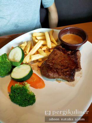 Foto 1 - Makanan di Outback Steakhouse oleh @NonikJajan
