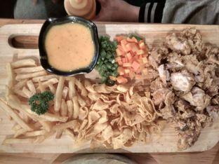 Foto - Makanan di Kandang Ayam oleh Salma Shofiyyah