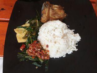 Foto 2 - Makanan di Ayam Goreng Nelongso oleh Latifa S