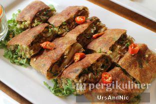 Foto 6 - Makanan(Beef Martabak) di Thirty Three by Mirasari oleh UrsAndNic