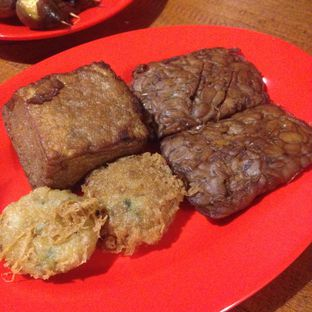 Foto 5 - Makanan(Baceman) di Soto Bathok Cibeunying oleh Dianty Dwi