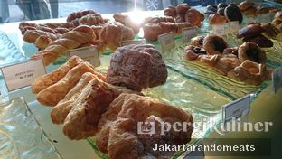 Foto 8 - Interior di Seven Grain oleh Jakartarandomeats