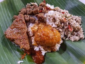 Foto Angkringan Nasi Megono Pak Uban