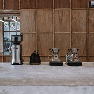 Foto 8 - Interior di Kyo Coffee oleh Della Ayu
