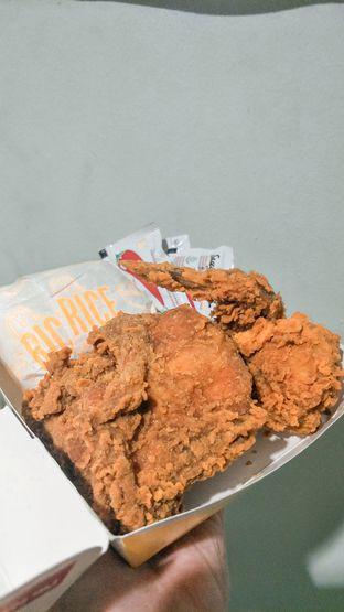 Foto - Makanan di McDonald's oleh thehandsofcuisine