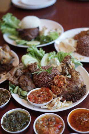 Foto 4 - Makanan di Sambal Khas Karmila oleh @Sibungbung