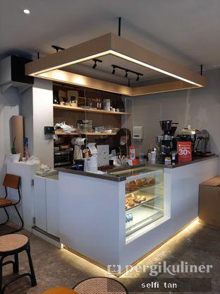 Foto 4 - Interior di Gramasi Coffee oleh Selfi Tan