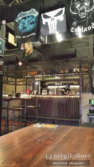 Foto 4 - Interior di Lawless Burgerbar oleh Desriani Ekaputri (@rian_ry)