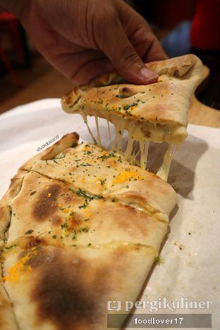 Foto 1 - Makanan di Master Cheese Pizza oleh Sillyoldbear.id