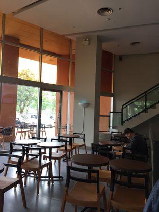 Foto 2 - Interior di Kopi Kenangan oleh Yohanacandra (@kulinerkapandiet)