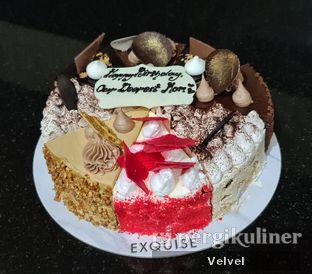 Foto - Makanan(Mix Cake) di Exquise Patisserie oleh Velvel