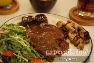 Foto 1 - Makanan di Roots oleh Desy Mustika
