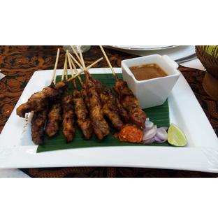 Foto 6 - Makanan(Sate Ayam) di Ria Galeria oleh melisa_10