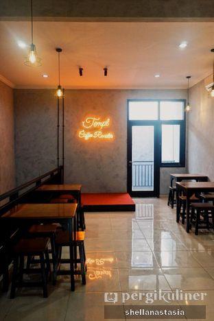Foto 5 - Interior di Tempt Coffee Roaster oleh Shella Anastasia