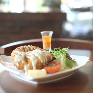 Foto review The Hook Resto & Cafe oleh Kiki Amelia 1
