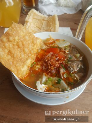Foto 3 - Makanan di Kedai Soto Ibu Rahayu oleh Wiwis Rahardja