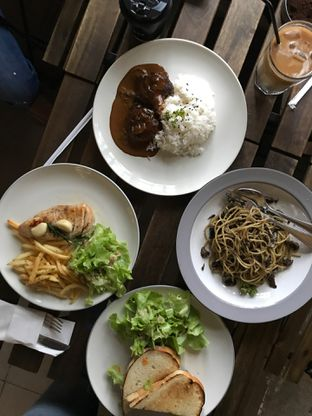 Foto 10 - Makanan di Hiveworks Co-Work & Cafe oleh Della Ayu