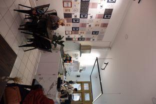 Foto 7 - Interior di Saksama Coffee oleh Della Ayu
