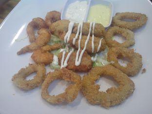 Foto 6 - Makanan(Seafood Platter) di Fat Bubble oleh Athifa Rahmah