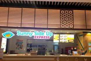 Foto 4 - Eksterior di Sunny Side Up Express oleh Nanakoot