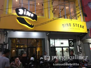 Foto 2 - Eksterior di Dino Burger & Rice Steak oleh Samuel Debritto