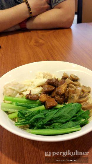 Foto 2 - Makanan di Bakmi Toko Tiga oleh Oppa Kuliner (@oppakuliner)