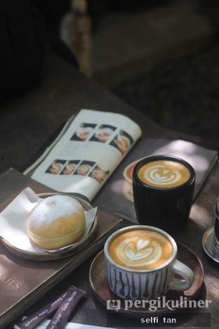 Foto - Makanan di But First Coffee oleh Selfi Tan