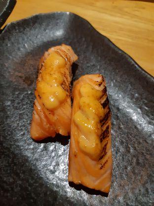 Foto 2 - Makanan di Sushi Hiro oleh Eatandtravelsstory