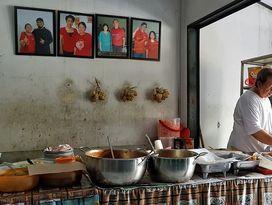 foto Nasi Uduk & Ketupat Sayur Encim Sukaria